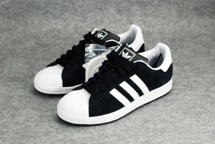 adidas superstar black and white 2015